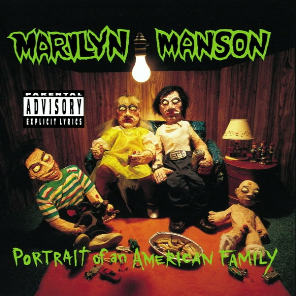 Marilyn_Manson_-_Portrait_of_an_American_Family
